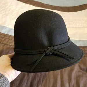 Black Croft & Barrow Cloche Hat